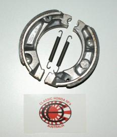 06430-GBJ-J10 Brake Shoe Set