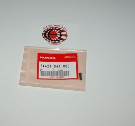 24421-041-000 Gearshift Drum Pin